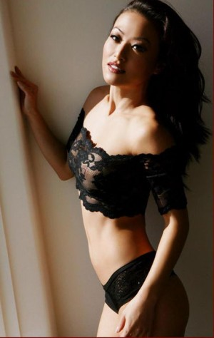 Escort: Sasha   Korean Beauty Photo 3