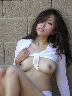 Escort: Sasha   Korean Beauty Photo 4