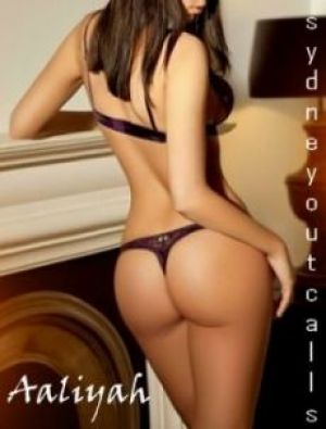 Escort: Aaliyah Photo 1