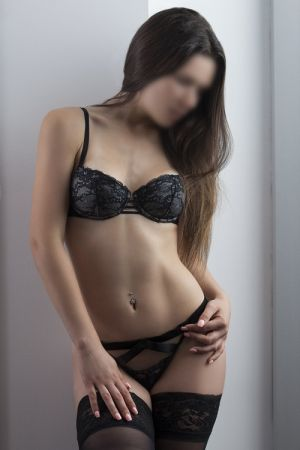 Escort: Lily Wilde Photo 2