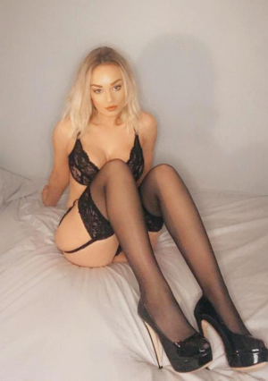 Isabella Is A Stunning Young Blonde Engl escort
