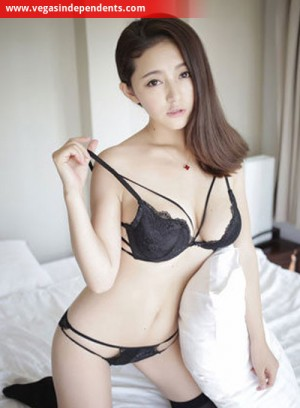 Escort: Katchi Photo 1