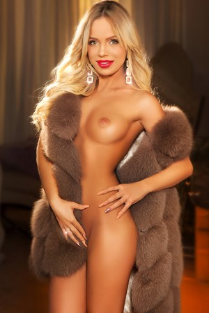 Escort: Zondra Photo 3
