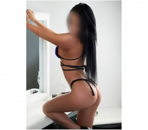 Escort: Tabitha Photo 4