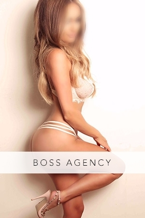 Escort: Mia Photo 1