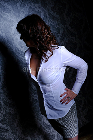 Escort: Lush Lady Photo 2