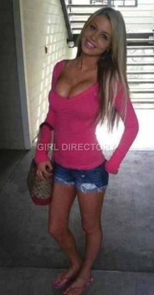 Escort: Blonde Beauty Photo 2