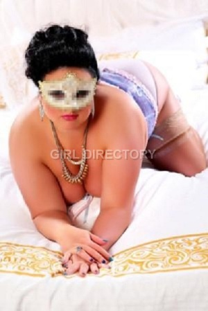 Escort: Curvy Hanna Photo 6
