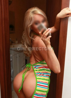 Escort: Hothousewives Photo 4