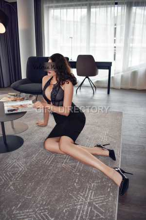 Escort: Valeria West Photo 5