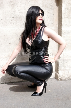 Escort: DominaParis Photo 5