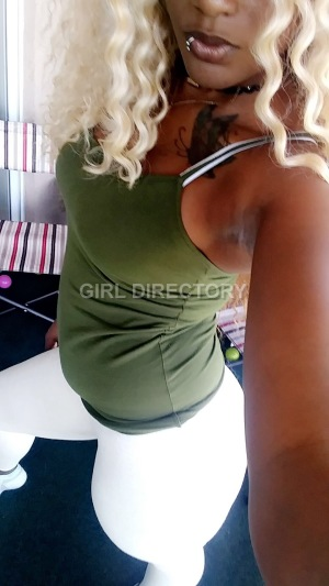 Escort: Yani_staxx Photo 2