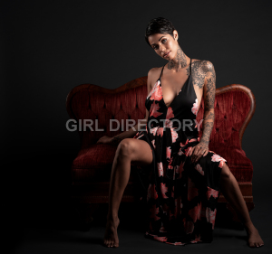Escort: Aili Xposed Photo 6